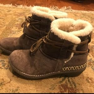 Lace Ugg Boots Size 7